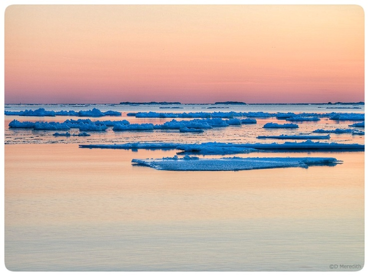 Blue ice, orange water.