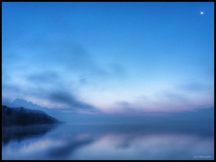 Cosmic Photo Challenge: Reflections.