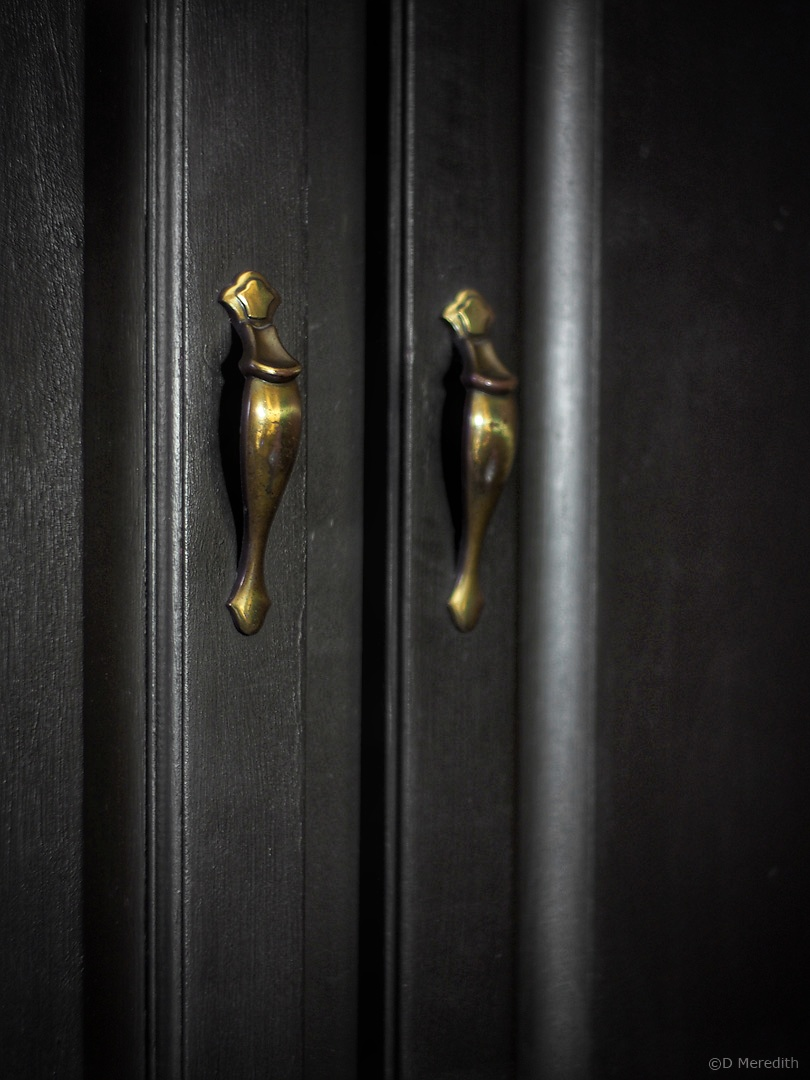 Cee's Fun Foto Challenge: Knobs and Handles