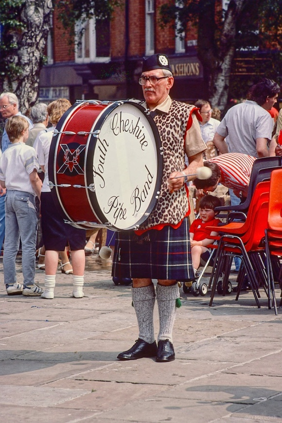 Travel Tuesday: Pipe Band Drummer