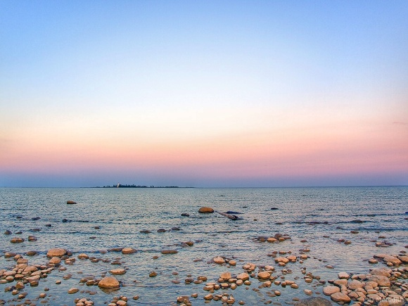 Throwback Thursday: Belt of Venus around Lake Huron